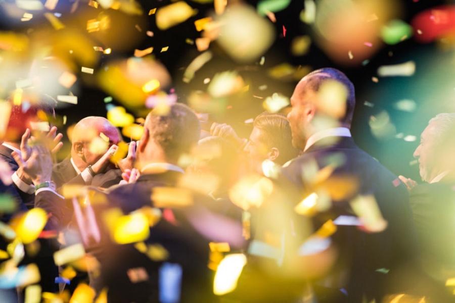 Rimini, RDS Stadium. Momento della premiazione dell'Uomo dell'anno dell'azienda Tempocasa. Gioia, felicità, emozione ed entusiasmo racchiusi in un unico scatto
