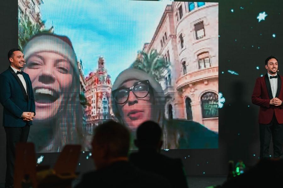 Le nostre Alice e Serena inviate speciali durante le dirette streaming