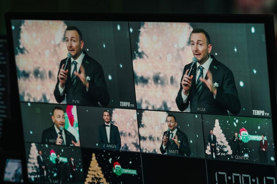Christmas Event Natale 2020.Palazzo dei Congressi di Riccione. Le misure restrittive non ci hanno fermato. In totale  sicurezza e rispetto delle normative abbiamo creato un fantastico evento natalizio in diretta streaming